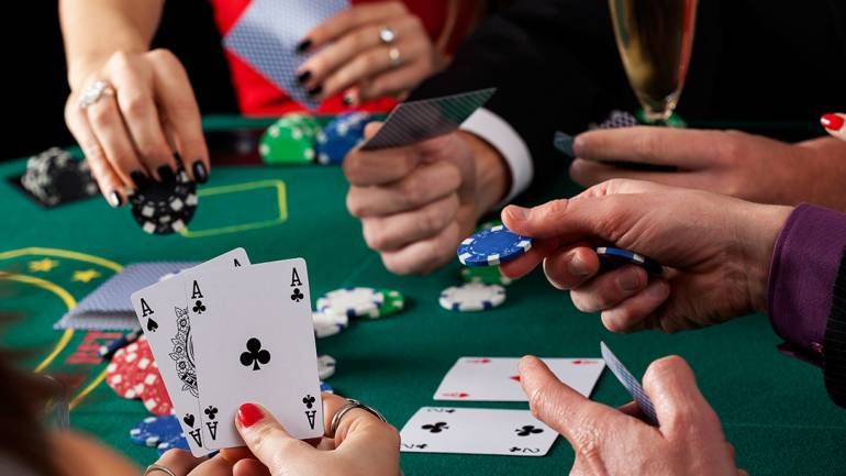 Why Most People Will Never Be Great At Casino